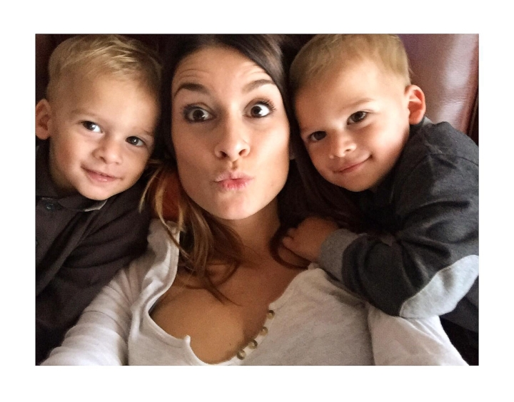 twin boys with mom selfie