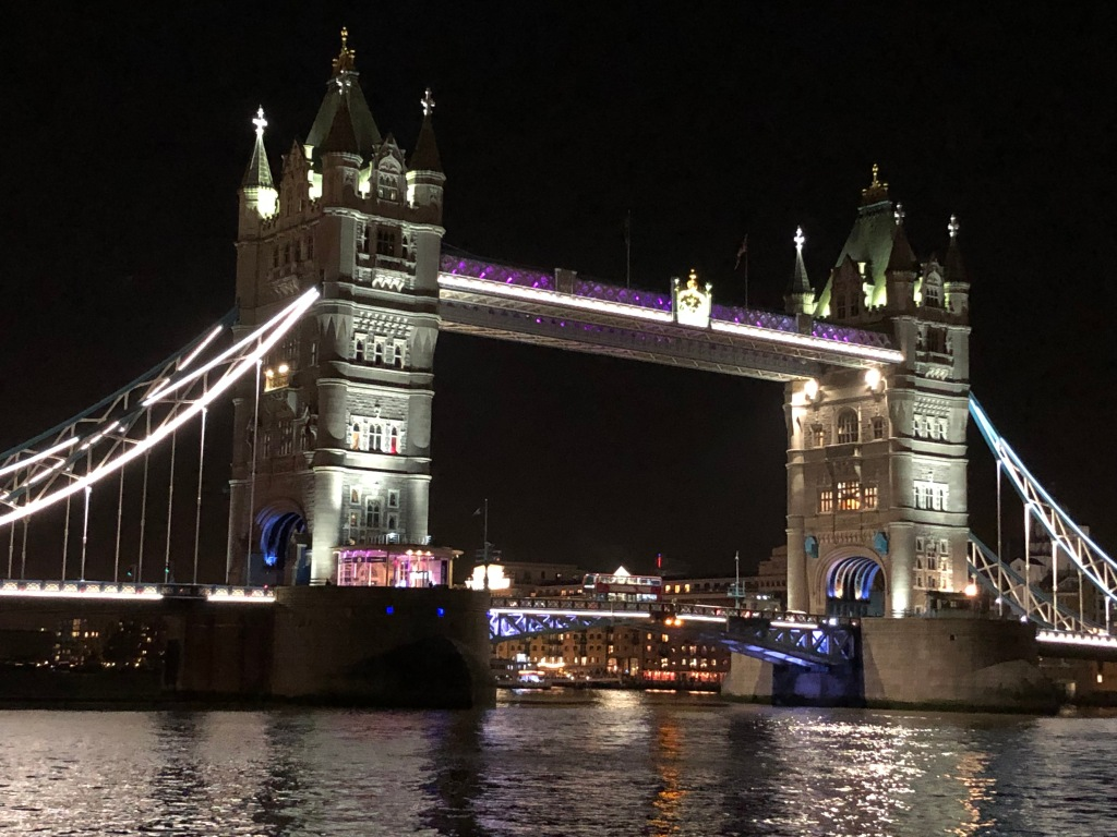 Weekend British: Un tour itinerante a portata di bambino - tower bridge